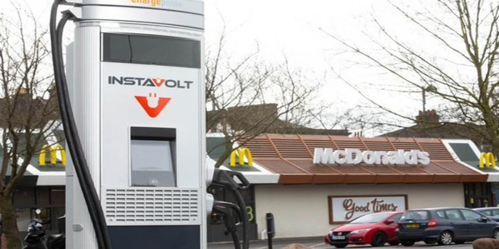 McDonalds Set to Install EV Chargers at Drive Throughs