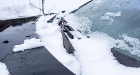 De-icing Cars in Winter