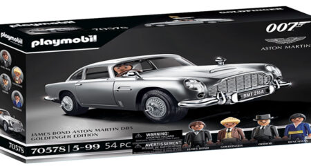 Aston Martin DB5 has been recreated by Playmobil